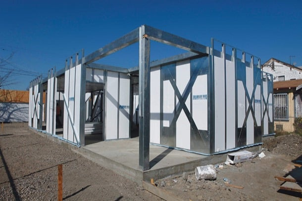 Paneles estructurales aislados mnmMOD
